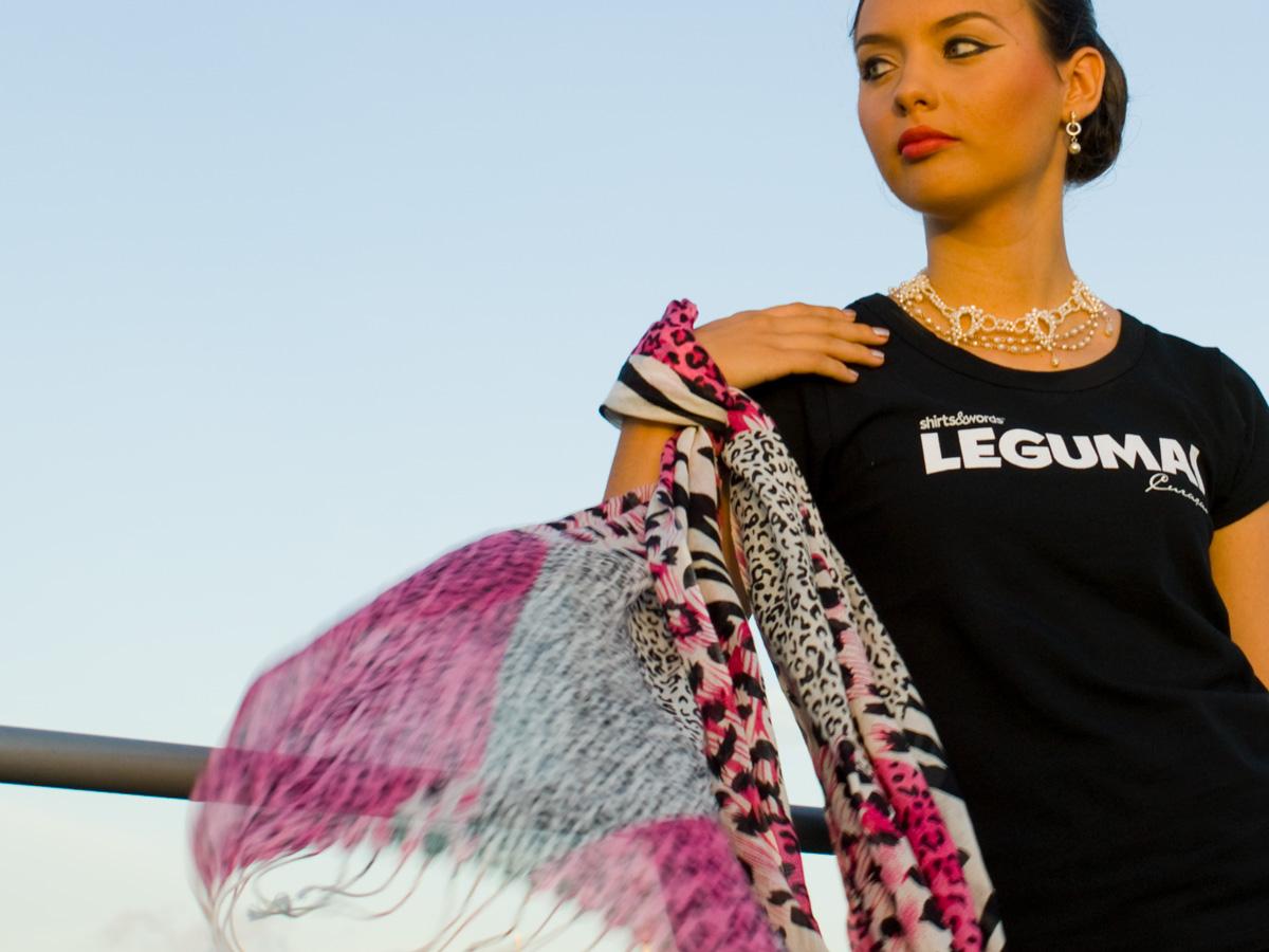 legumai black T-shirt