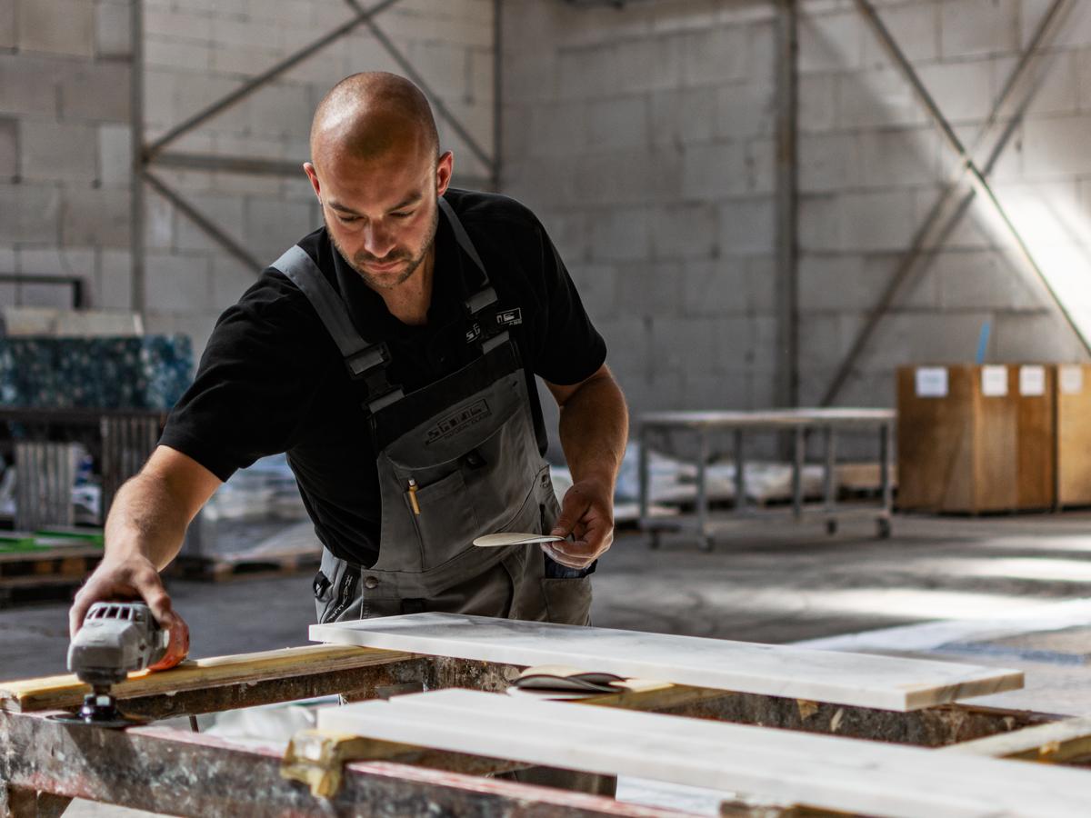 craftsman Jos at work
